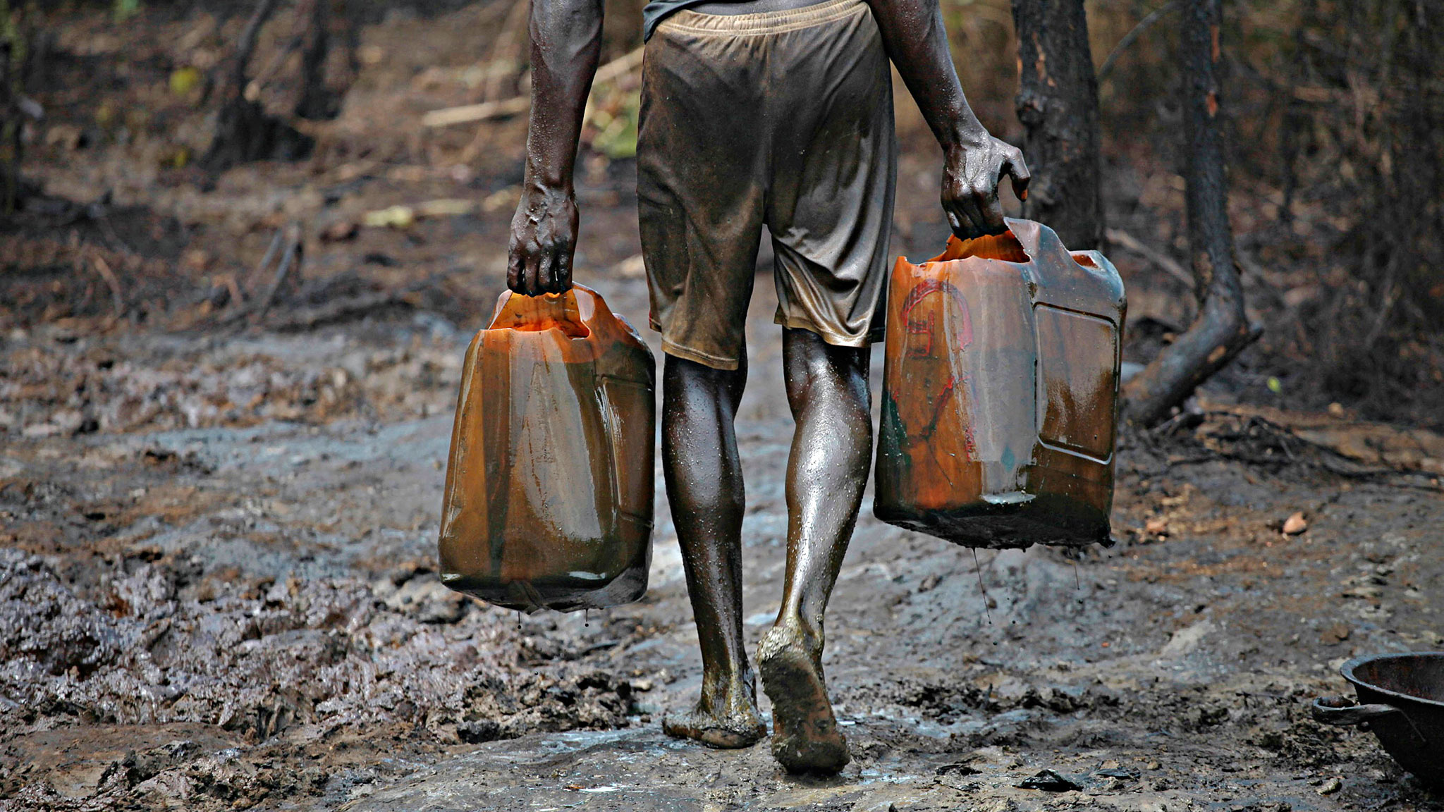 Oil Theft, illegal refinery